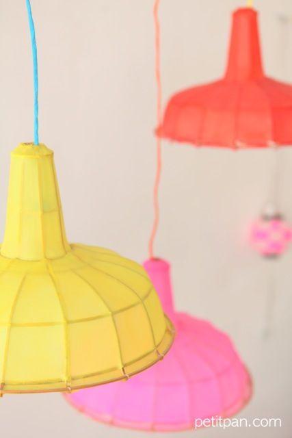 Lampes Atelier Petit Pan. Soie et bambou.