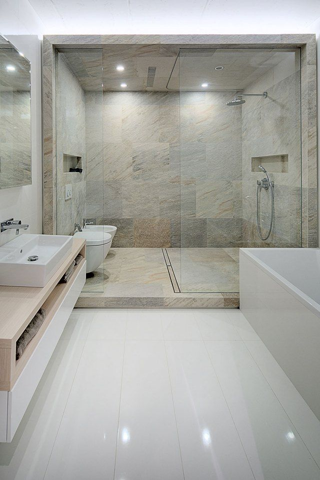 badgestaltung modern duschebereich fliesen teinoptik glas trennwand