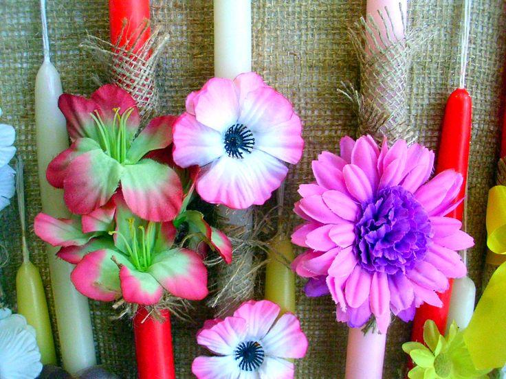 Χειροποίητες πασχαλινές λαμπάδες με αποξηραμένα λουλούδια όλα τα σχέδια εδώ http://amalfiaccessories.gr/lampades-2015/