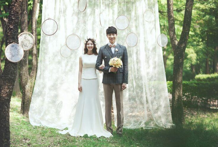 Korea Pre-Wedding Photography in Studio & Dosan Park, Seoul by May Studio on OneThreeOneFour 29