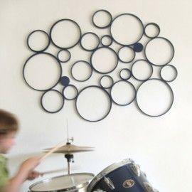 MUURDECORATIE CIRKELS GROOT    Fraaie muurdecoratie om een uniek ontwerp mee te maken in welke ruimte je maar wilt.  De set muurdecoratie Cirkels (large) bestaat uit 8 cirkels in verschillende maten. De grootste cirkel heeft een diameter van ongeveer 25 cm.