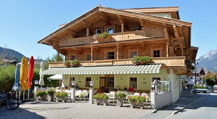 Appartement Fuchs Ellmau The Appartements Fuchs are situated in a quiet but central location in the Tyrolean village of Ellmau, at the foot of the Wilder Kaiser mountain, and offer bright and nicely furnished accommodation units.