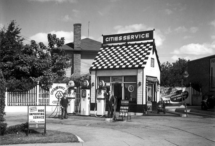 Cake Decorating Classes Grand Rapids Mi : 244 best ideas about petrol station on Pinterest Vintage ...
