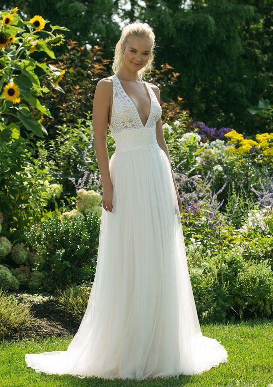 e11739977bf Pin από το χρήστη Bridal Art Gr στον πίνακα Νυφικά Φορέματα Τιμές ...