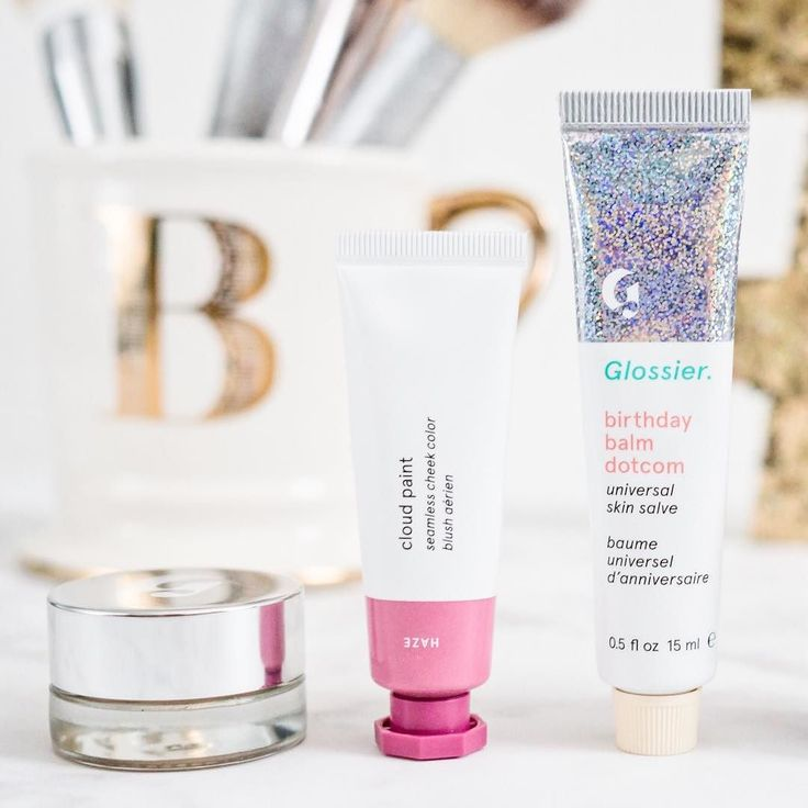 Did you catch yesterday's Glossier review on the blog?   Shop my favorites with a  or a screen shot in the @liketoknow.it app or right here http://liketk.it/2s0iO #liketkit #ltkbeauty