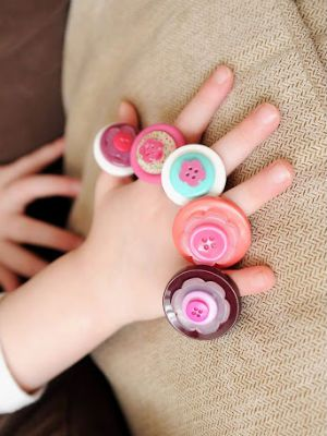button craft ideas for kids 7 easy button crafts for today s parent button 5976