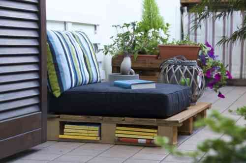 canapé de jardin design en palettes