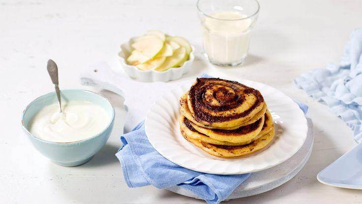 Recipe for pancakes with cinnamon sticks