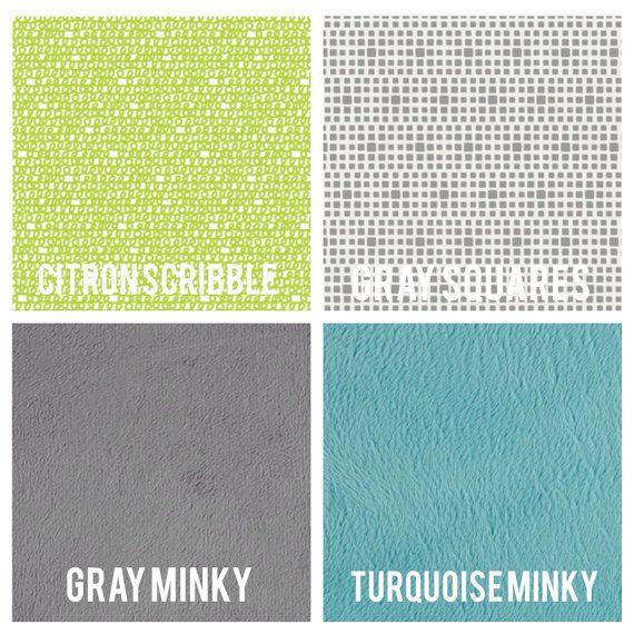 Ik hou gewoon van alle stoffen gebruikt in dit prachtige dekbed! Het patroon van de driehoek naast de kleur combo is perfectie. Je kleintje zal hou gewoon van deze quilt en het formaat wordt aangepast om te worden gebruikt in de hele kindertijd.  Deze quilt is machine-gereconstrueerd en is gemaakt van 100% katoen afdrukken van hoge kwaliteit in turkoois, aqua, kalk en ondersteund in uw keuze van de stof (keuzemogelijkheden afgebeeld in de 5e foto) met een laag van katoen batting tussendoor…