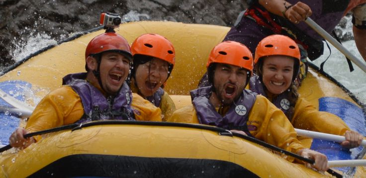 our #riverrafting WILL make you smile! #happyfaces #teamOutrageous