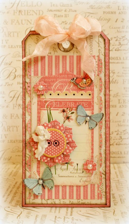Does your mom love pink? This is the gift for her - a handmade tag! Click to find the step-by-step tutorials from Romy for this Botanical Tea tag! #graphic45 #tags #tutorials
