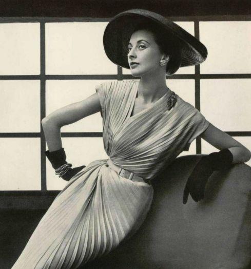 Nina Ricci Design <3 1952.