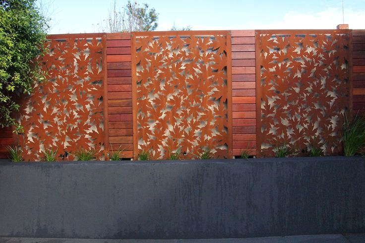 Decorative screen corten/maple