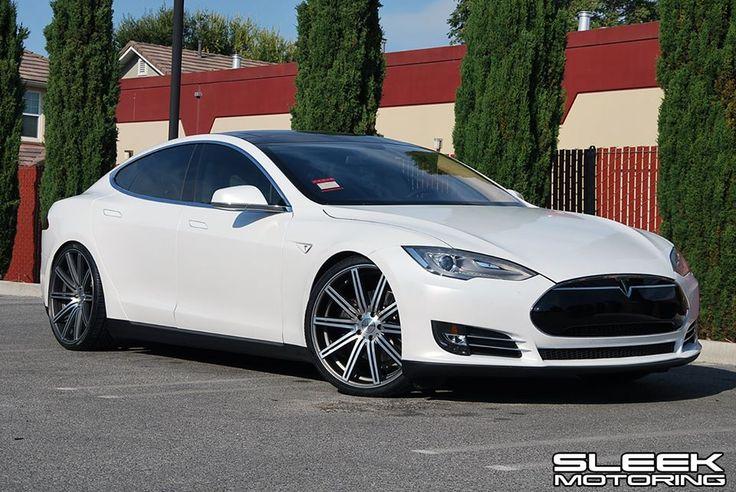 Tesla Model S on CV1's