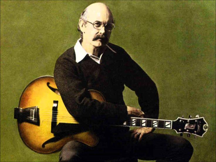 おはようございます。 今日12/10はジャズギターの名手ジム・ホールの命日。 今朝の一曲は、このところ70年代ロック曲が続いていましたが、ジャズに戻りましょう。ジム・ホールがリーダーを務めた超名盤「アランフェス協奏曲」から「You'd Be So Nice To Come Home To」です。 アルバム表題曲の「アランフェス協奏曲」の陰に隠れがちですが、なかなか良い編曲。映画が公開されて話題のチェット・ベイカーをはじめ、ポール・デスモンド、スティーブ・ガッド、ロン・カーター、ローランド・ハナと豪華メンバーでの演奏。