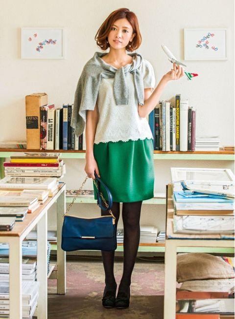 【着まわしday9】レースブラウス×グレーカーデ×コクーンスカート | ファッション コーディネート | with online on ウーマンエキサイト