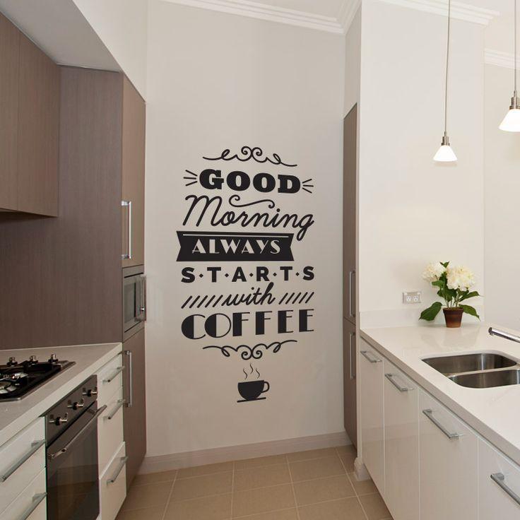 Naklejaj dekoracje w swojej kuchni aby zmienić jej wygląd.