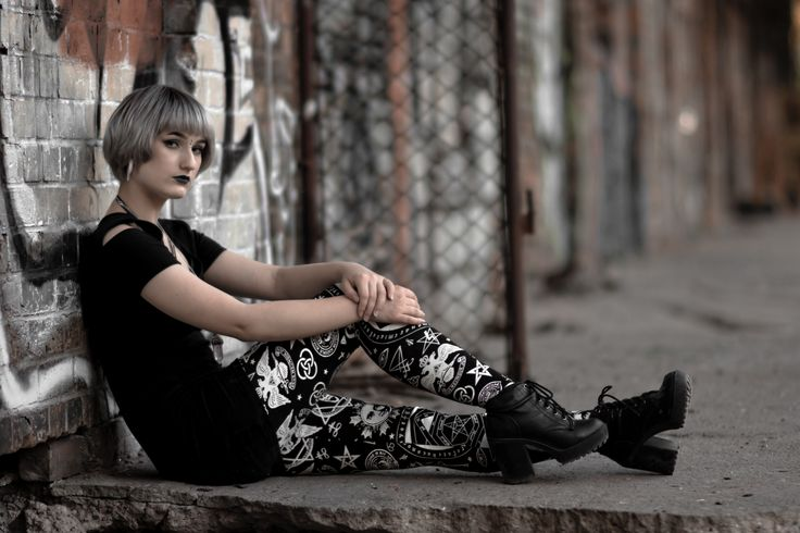 Photoshoot from AltFair. Nu goth, modern witch, allternative model with silver hair. Leggins from Killstar.