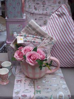 Романтический коттедж, розовый