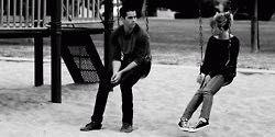 #wattpad #novela-juvenil Amor, secretos, familia, y amistad.                                                                                                                      ¿Qué puede ser peor que enamorarte de un amigo? Que el mejor amigo de tu hermano se enamore de ti.                 Cuando las vacaciones de Summer...