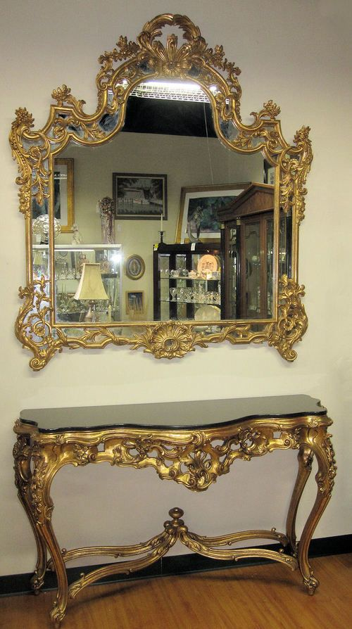 Gorgeous La Barge Carved Wood Gilt Gold Console and Mirror - Made in Italy