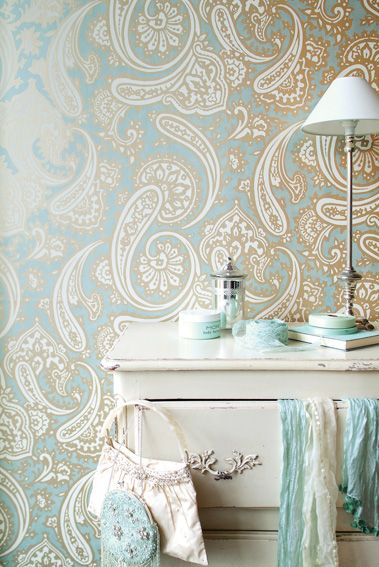 Paisley wallpaper in blue and cream