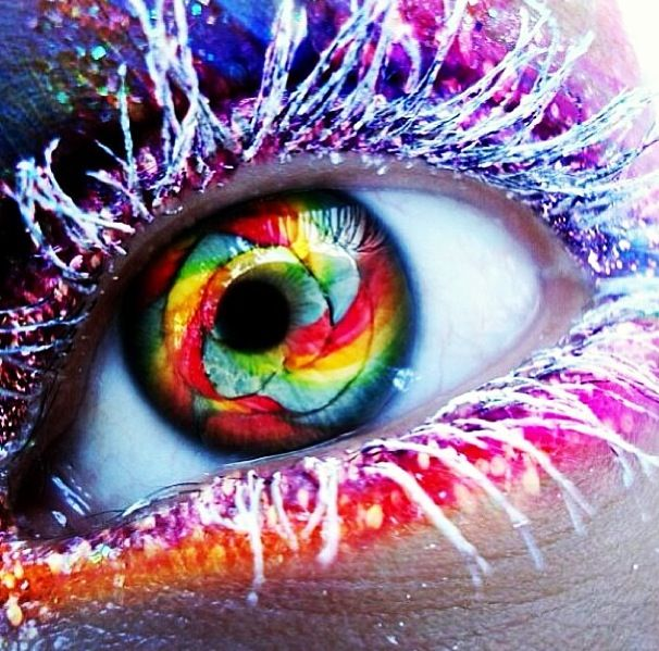 Very Cool Eye Wallpaper