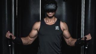 La nueva tendencia para ponerte en forma: usar realidad virtual para hacer ejercicios en otro mundo - https://www.vexsoluciones.com/noticias/la-nueva-tendencia-para-ponerte-en-forma-usar-realidad-virtual-para-hacer-ejercicios-en-otro-mundo/