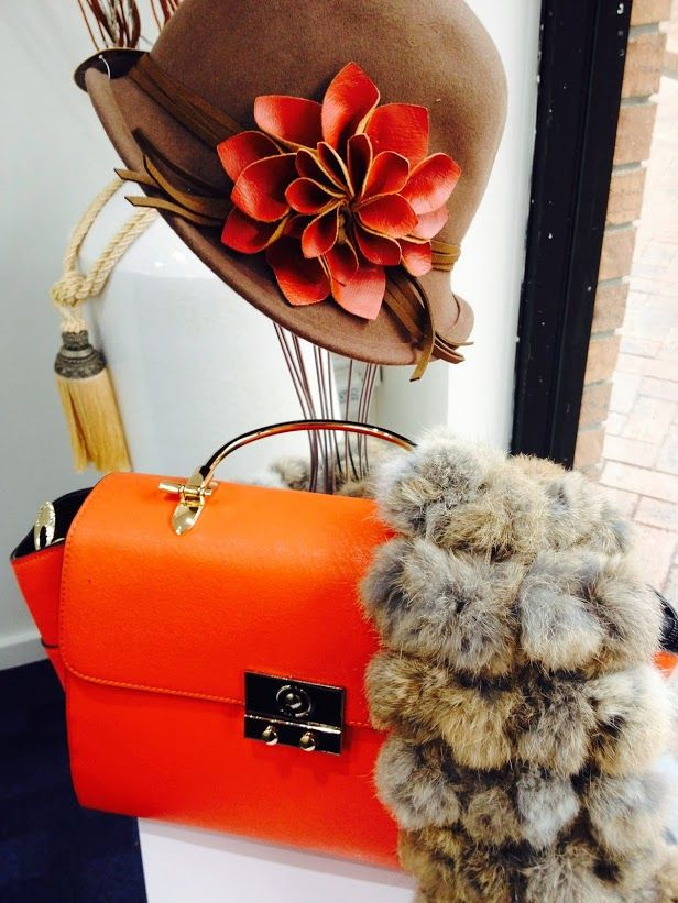 Pair your bright handbag and inspiring #hat with a soft #fur #scarf to keep you warm this #Winter !