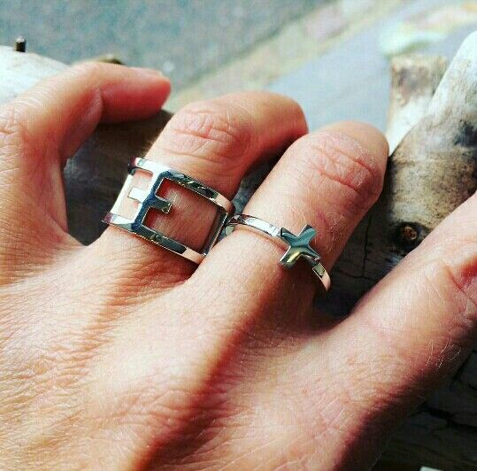 Cool and edgy image from our GS dealer @baronessen in Thisted, Denmark. Destiny double ring and Destiny ring🌞👌 @gittesoee.com