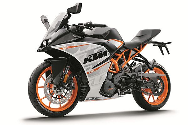 The KTM RC390 uses the same 373.2cc engine as the previous model; gets the addition of a slipper clutch.