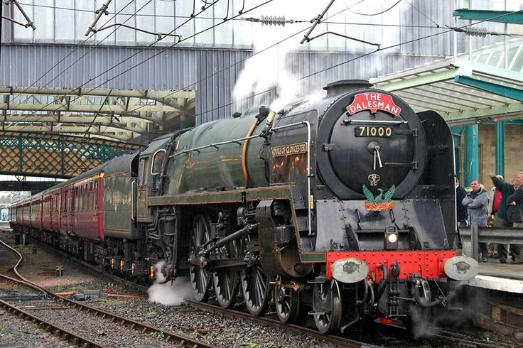 This period of nationalisation saw sweeping changes in the railway network: steam traction was eliminated in favour of diesel and electric power, passengers replaced freight as the main source of business, and one third of the network was axed.