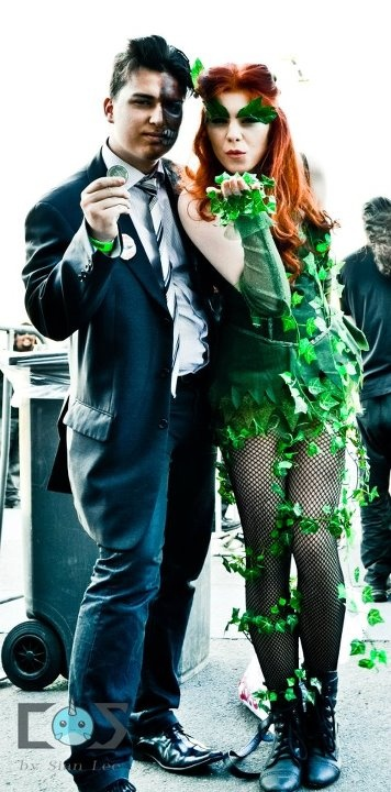 Two Face and Poison Ivy from Batman cosplay at Melbourne Supanova 2012. Day 1