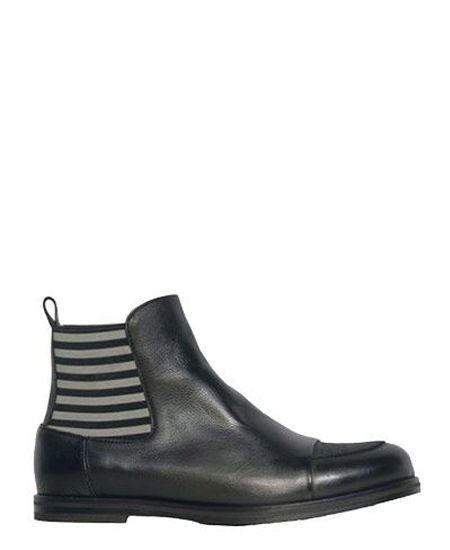 Deux Souliers / ドゥ・スーリエのCut Toe Bootie #1 カットトゥ・サイドゴア・アンクルブーティー (ブラックストライプ) #DeuxSouliers #ドゥスーリエ #スペイン #spain #ブーツ #ブーティー #boots #サイドゴア #サンダル #sandal #sandals #プラットフォーム #チャンキーヒール #shoes #シューズ #ブランド #インポート #スリッポン #パンプス #レザー #シューズ #靴 #靴職人 #ブーティ #ブーツ #ブラック #black #グレー #grey #drdenim #ドクターデニム #ootd #outfit #outfitoftheday #コーデ #コーディネート #commedesgarcons #コムデギャルソン #drmartens #ドクターマーチン #apc #アーペーセー #リンネル #ナチュラル #fashion #ファッション #レディース #メンズ #ストライプ #stripe