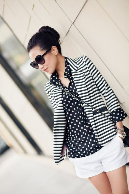 like the pattern play.: White Shorts, Polka Dots, Mixed Patterns, Outfit, Black White, Mixed Prints, Stripes Blazers, Marshmallows, Patterns Mixed