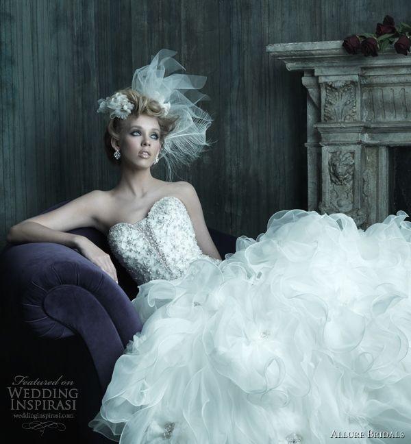 1000 best Bridal Gowns (9) /Wedding Dresses images on Pinterest ...