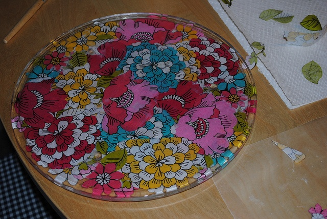 33 best tables for sugarpants images on pinterest for Cadlow mural world