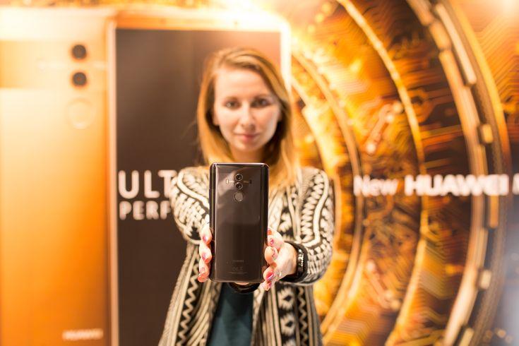 Unboxing Huawei Mate 10 Pro și prime impresii