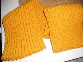 Een dagje vrij hebben heeft zijn voordelen. Zo is het me vandaag gelukt om een langdurig project af te ronden namelijk de oker-gele sjaal va...