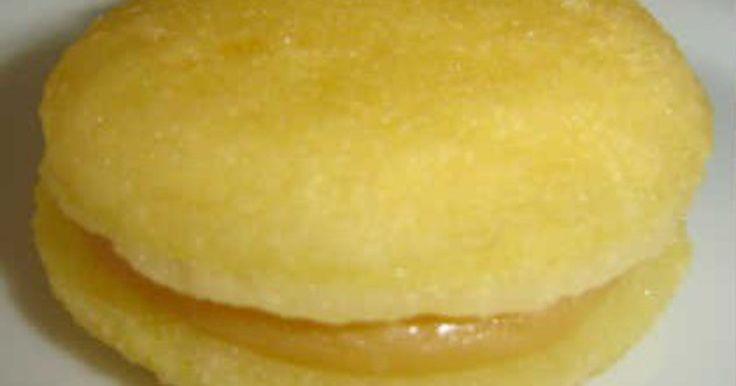 Bem-casado vencedor O bem-casado da Célia é o único cinco estrelas de nossa degustação. - See more at: http://prazeresdamesa.uol.com.br/exibirMateria/1842/receita-de-um-casamento-doce#sthash.bEL8ZRAL.dpuf
