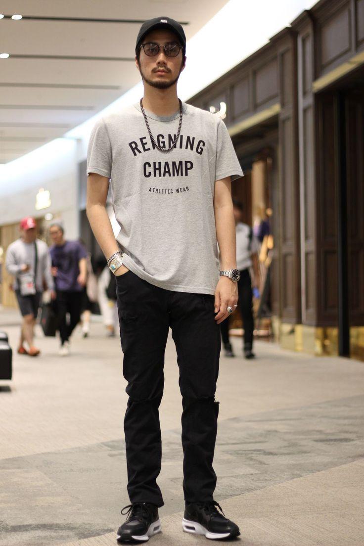 印 REIGNING CHAMP(レイニングチャンプ)のTシャツを使ったスタイリング