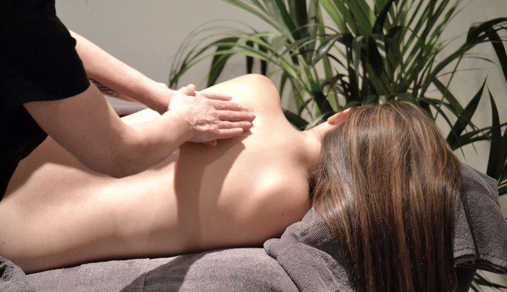 Me & Mini gravidmassage Välj en cerifierad Me & Mini gravidmassör så kan du tryggt och säkert njuta av din gravidmassage