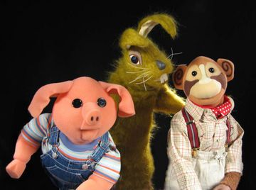 Pig, Hartley, and Topov. I used to watch Pipkins when I came home from nursery and was having my lunch. I seem to remember lots of clocks as well...?