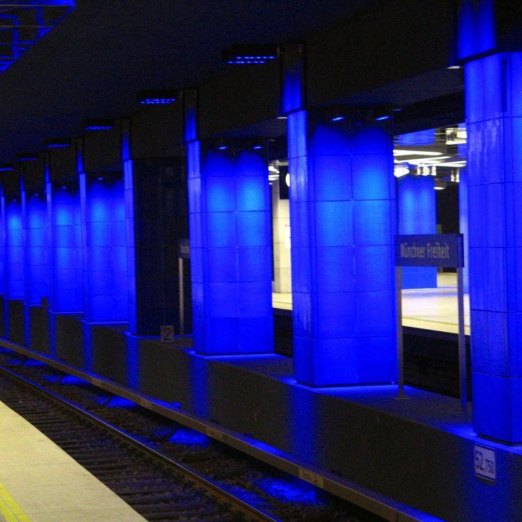 https://flic.kr/p/9eSzAC | U Bahn | Munich Germany. January 2011