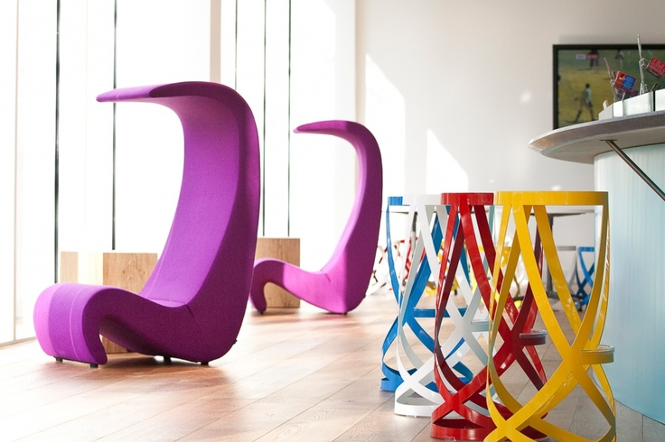 CAPPELLINI - Ribbon stools by Nendo @ TATA (Beverages) offices