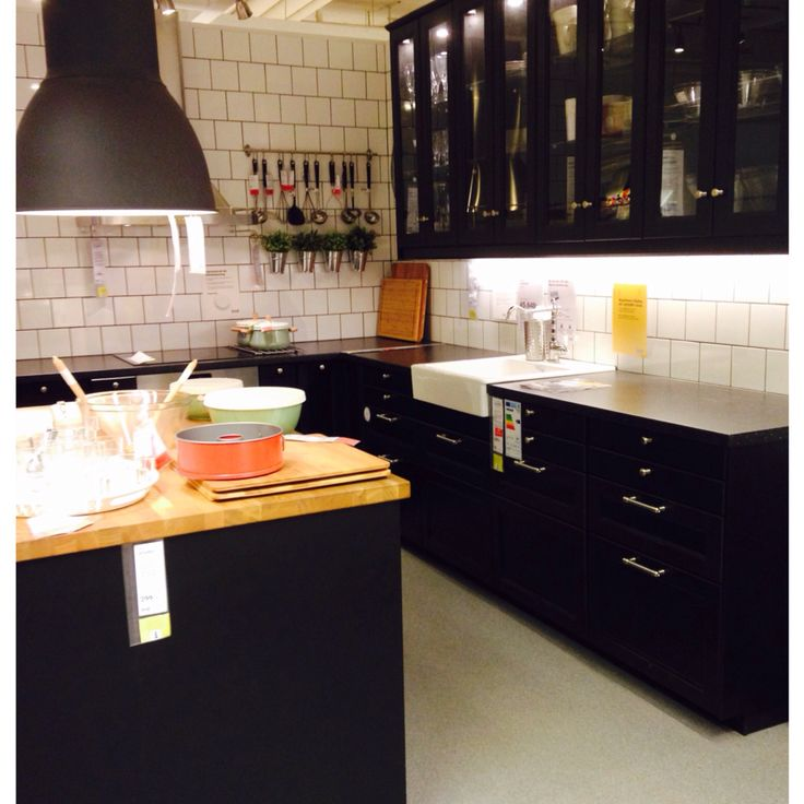 laxarby snyggt ikea cuisine noire et bois pinterest noir et ikea. Black Bedroom Furniture Sets. Home Design Ideas