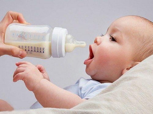 Молочные смеси и запор