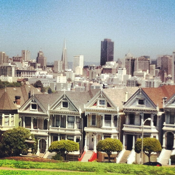 """Famous park in the city, overlooks the skyline and you can see the famous """"painted ladies"""" houses from full house, which face the park."""