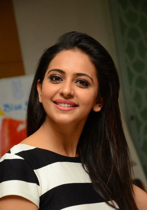 Facebook Covers For Rakul Preet Singh u PoPoPics.com 700×1050 Rakul Preet Singh HD Wallpapers | Adorable Wallpapers