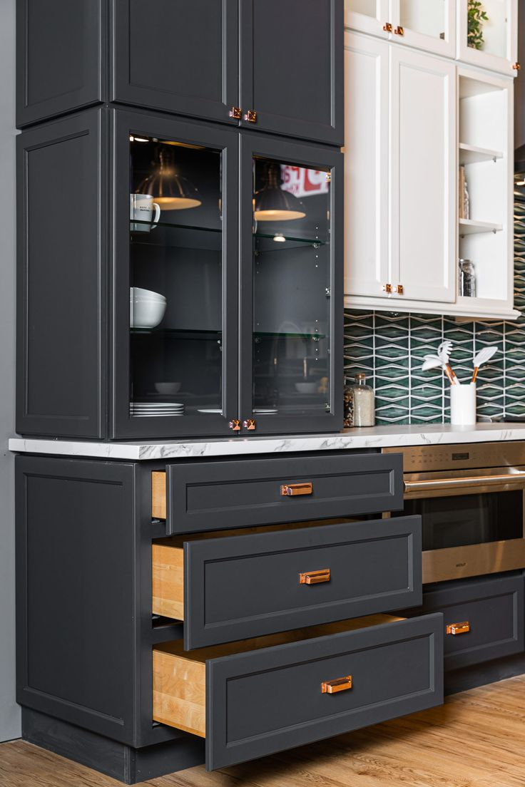 e2 charcoal j k cabinetry in 2020 discount kitchen cabinets kitchen cabinets new countertops on j kitchen id=81167
